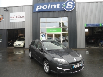 <strong>RENAULT LAGUNA ESTATE</strong><br/>1.5 dCi 110ch Bose Edition