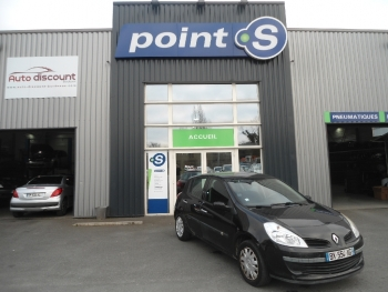 <strong>RENAULT CLIO III</strong><br/>1.5 dCi 85  Extrême Foncée Clim