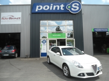 <strong>ALFA ROMEO GIULIETTA </strong><br/>2.0 JTDm 150  Distinctive Business